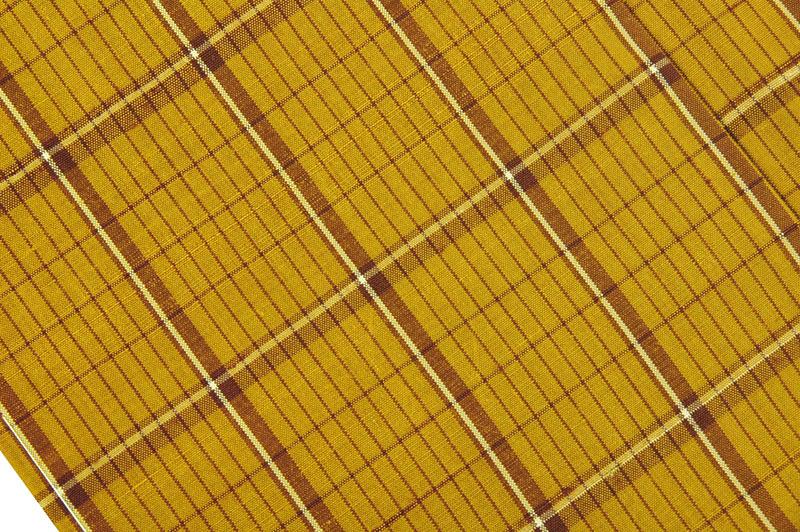 À�楽蔵裂】本場黄八丈紬着物、黄八丈帯締め付きの写真
